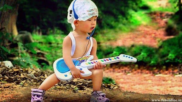 DeLaBirou - blogul tau de divertisment si amuzament: Bebelusul iubeste Rockul!