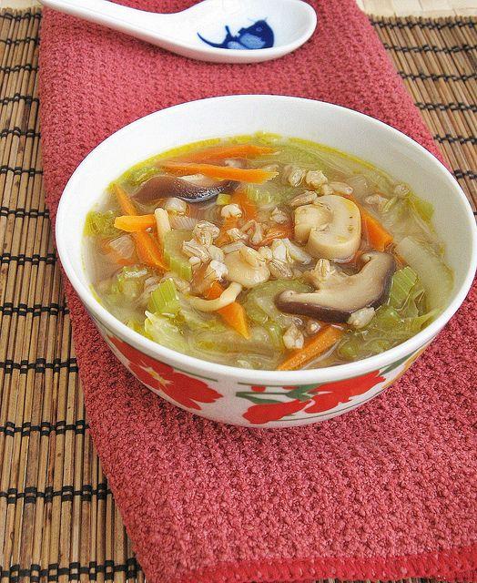Napa Cabbage Hulled Barley Soup