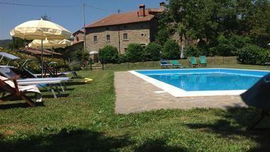 Agriturismo Il Castellucio › Vakantiewoningen Cortona-Arezzo › Azienda Italia