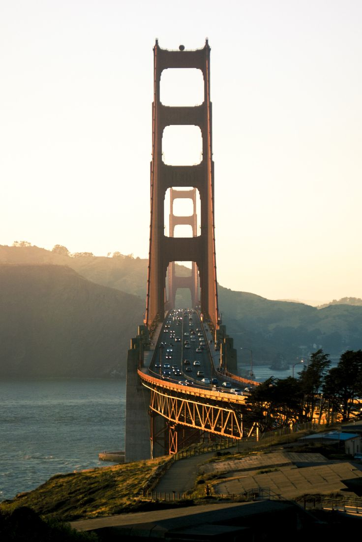 """qbn-scholar: """" Bridge: Golden Gate Overlook. San Francisco, 06-26-16. After I moved to San Francisco almost 22 years ago, I was told I would soon get over my fascination with most all the landmarks in the area. I knew they were wrong. """""""
