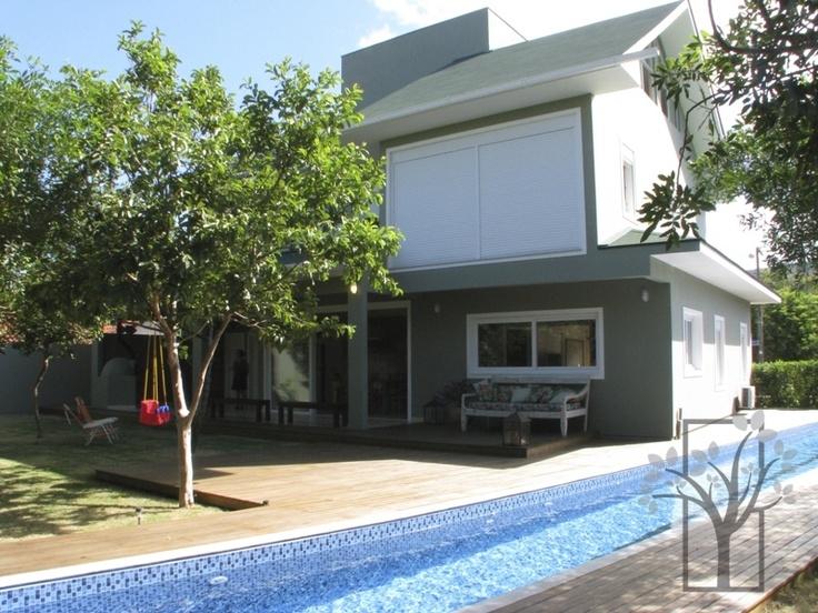 FLORIANOPOLIS, LAGOA DA CONCEIÇÃO - Garapuvu Imóveis Especiais - Imobiliária em Florianópolis, Imóveis em Santa Catarina - Venda e Aluguel de Temporada.