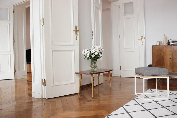 Połączenie mieszkania z pracownią w zabytkowej kamienicy - PLN Design