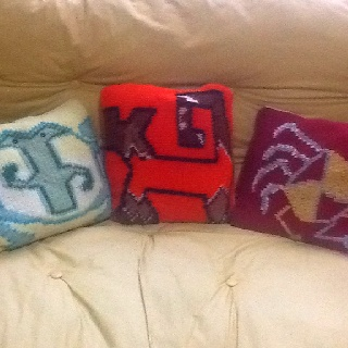 Knitted pillows with aguada's picture