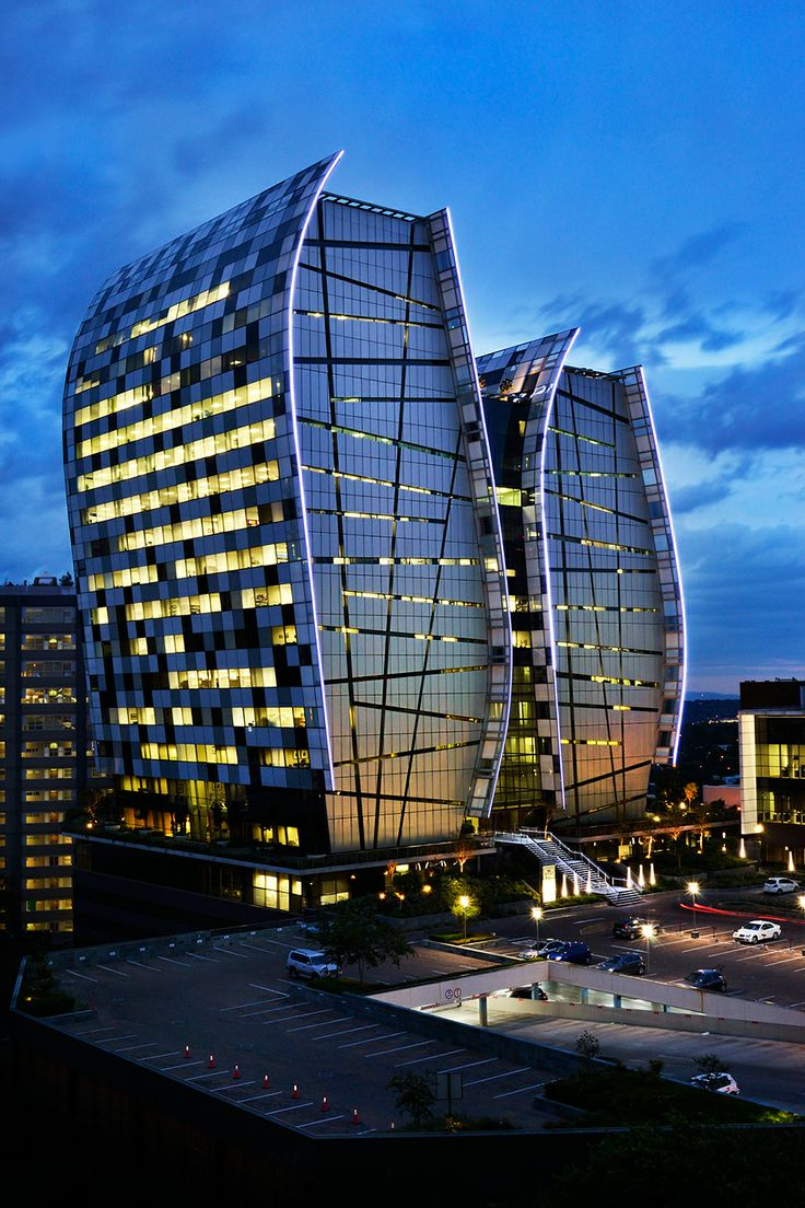 Werner Buitendag - The Open Window Alumni // 3rd year portfolio Norton Rose corporate architectural exterior photographed during twilight www.openwindow.co.za