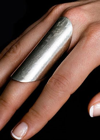 Simple, silver saddle ring
