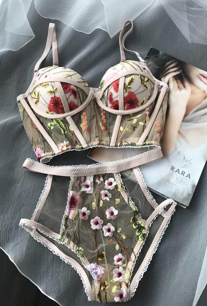 50 originelle Brautkleider für eine Hochzeit wie …