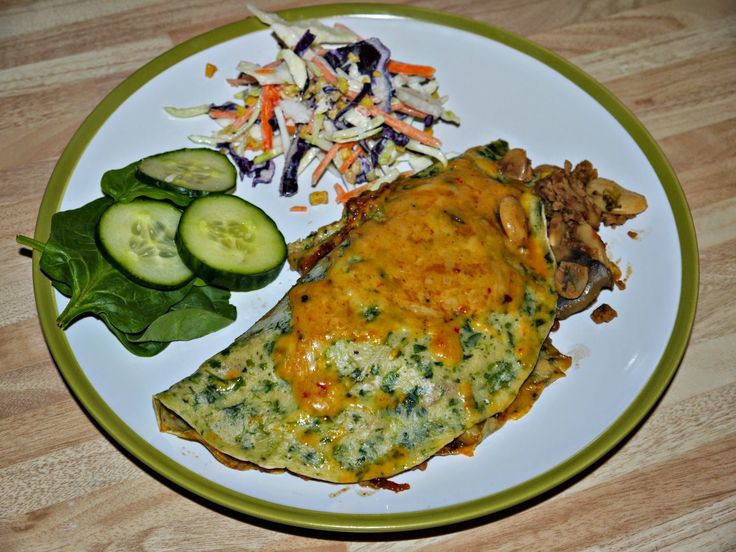 Spinach Pancake stuffed with Canadian Veggie Chilli