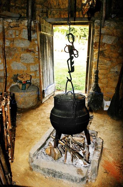 CELTIC HOME - HOGAR CELTA ... http://www.anacosdegalicia.com ... Fotos de Galicia