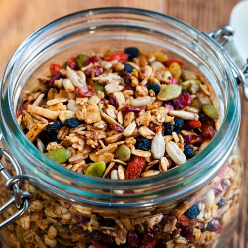 15 Tiny Tweaks That'll Help You Lose More Weight in 2015 - #14 - Make Your Own Healthy Snacks Grab-and-Go Prepare a bunch of containers of pre-portioned nuts, dried fruits, high-fiber crackers, and pumpkin seeds. Being prepared is empowering and keeps you in control—so you're less likely to raid the vending machine.
