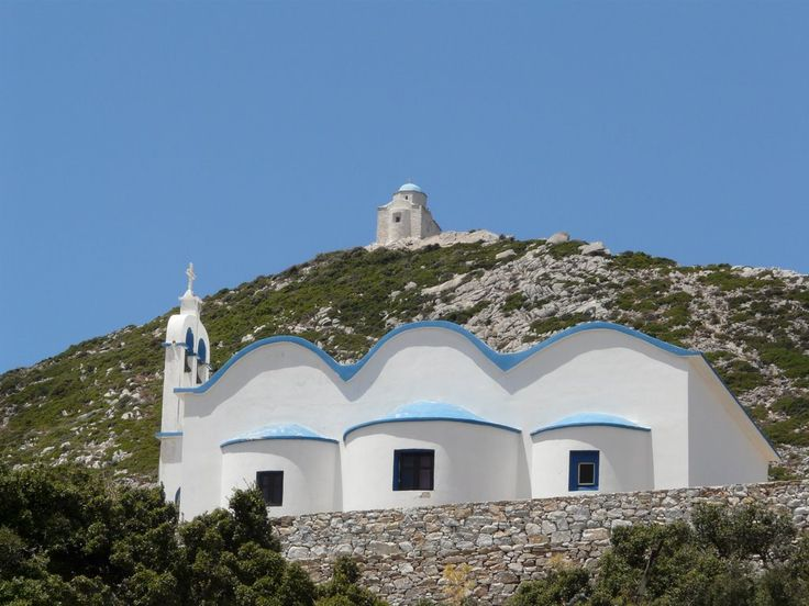 We ♥ Greece | Churches on the hills of Naxos #Greece #travel #explore #destination