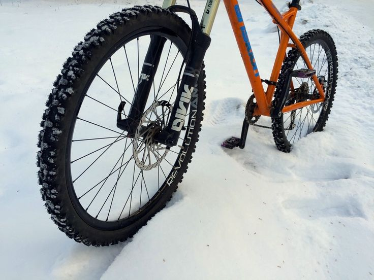 Review: Nokian Extreme 294 Studded Tires: Winter Riding Without the Fat Bike Price?