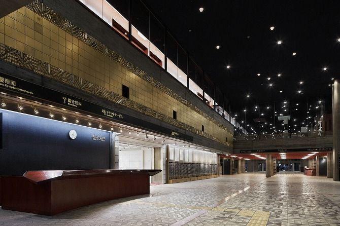 東京文化会館エントランス