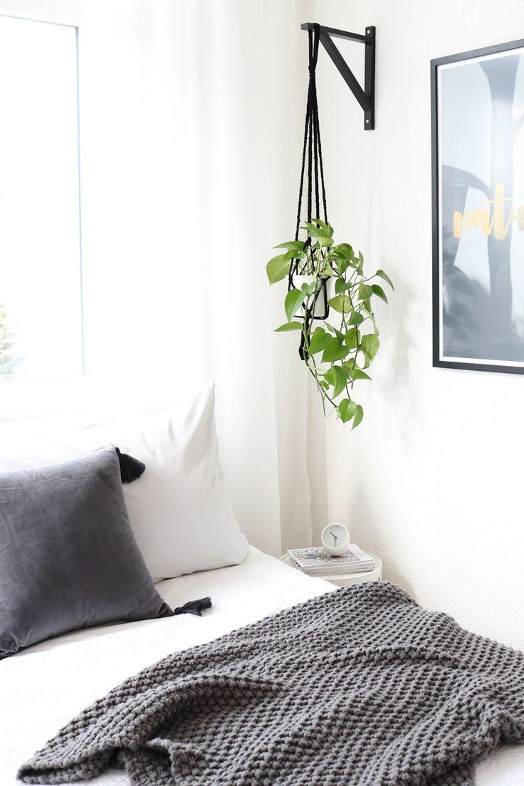 DIY Blumenampel aus Ikea Regalhalterung basteln. Einfaches DIY, IKEA Hack.