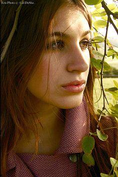Ritratto Fotografico all'aperto stile Fashion Fotografa CapDaSha  www.erisphoto.com  Servizi Fotografici (MI)
