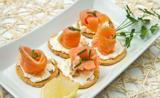 Kerry's Epicure Lemon Dilly Salmon Bites http://www.saralynnhouk.myepicure.com/en-ca/recipe.aspx?p=http://recipe2.epicureselections.com/en/recipes/
