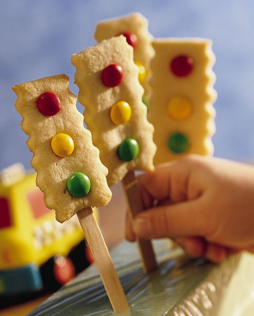 lots of cookie pop ideas - flowers, butterflies, etc. (Stop-and-Go Cookie Pops shown)