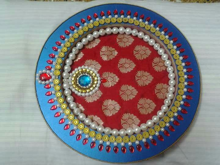 Wooden decorative thali