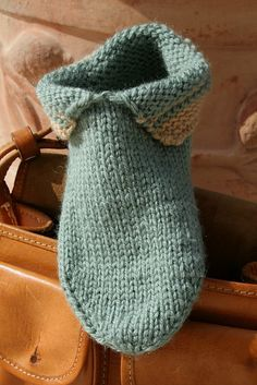 Free knitting Pattern for slippers with rolled cuff | Slippers, Slipper Boots, and other Footwear Knitting Patterns at http://intheloopknitting.com/free-slipper-knitting-patterns/