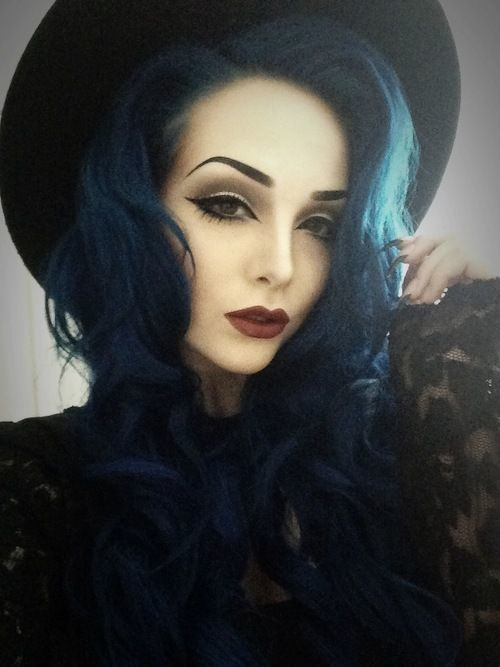 """Dark blue hair. Wasn't sure if I should post to """"Hair"""" """"Makeup"""" or even """"Modeling!"""" Simply stunning! #gothic #style"""