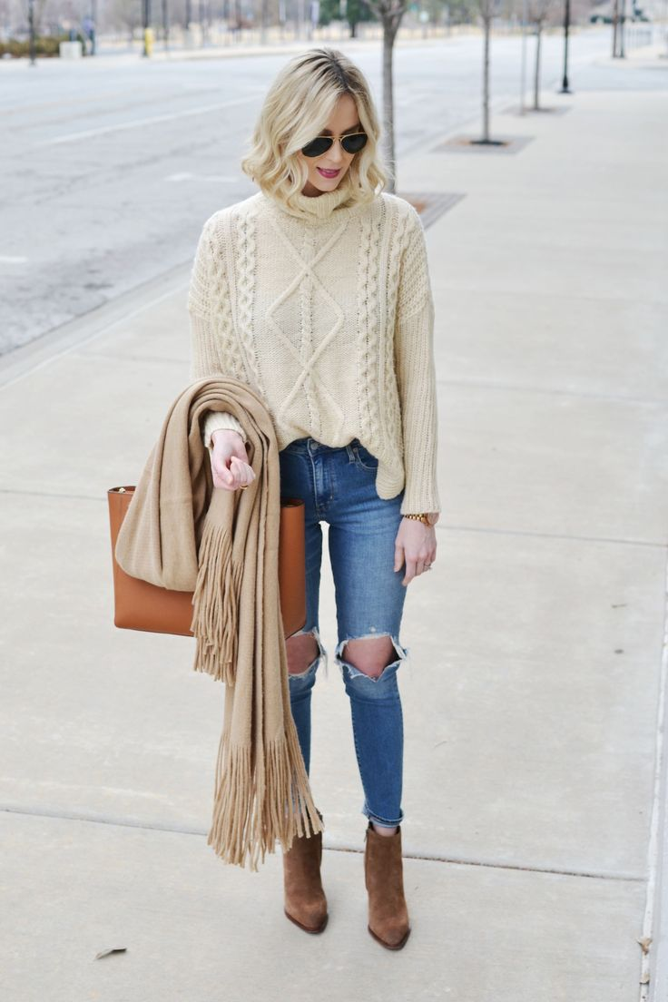 neutral jeans and sweater outfit