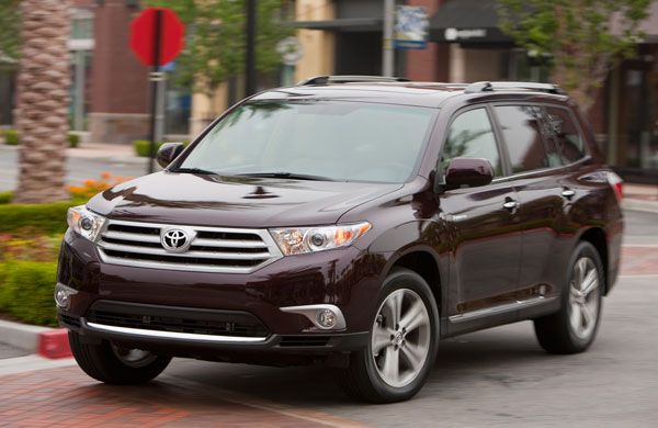 2013 Toyota Highlander – A MidSized Suv Review