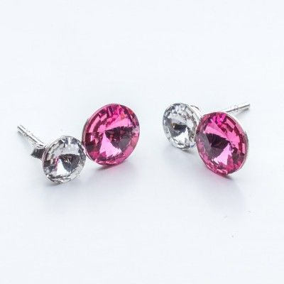 Swarovski Rivoli Earrings 6/8mm Crystal + Rose  Dimensions: length:1,5cm stone size: 6mm and 8mm Weight ~ 1,60g ( 1 pair ) Metal : sterling silver ( AG-925) Stones: Swarovski Elements 1122 SS29 ( 6mm ) and SS39 ( 8mm )  Colour: Crystal + Rose 1 package = 1 pair
