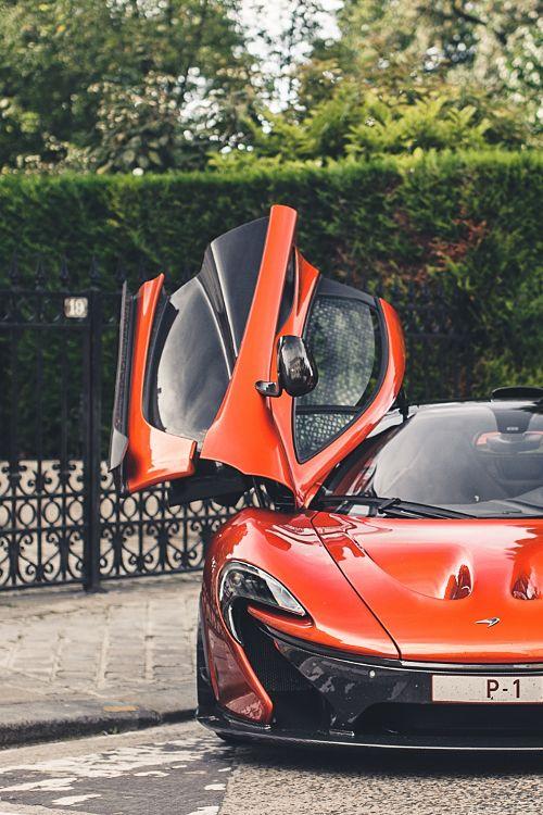 #McLaren P1 - Love those doors! #SuperCar #Modern #Hybrid