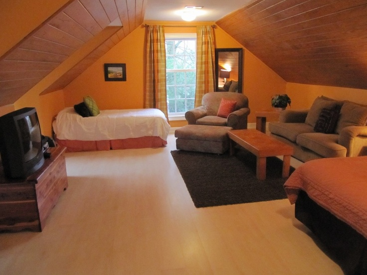Holiday Rentals Bonus Rooms And Queen On Pinterest
