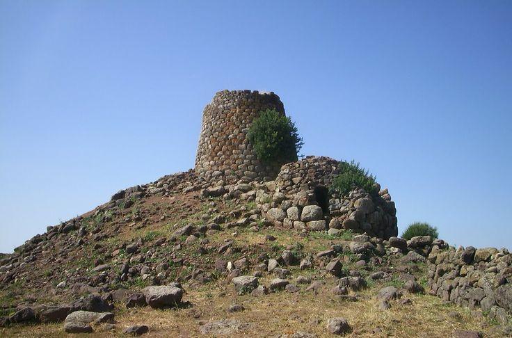 Nuraghe Nuraddeo, Suni, Sardegna, Sardinia