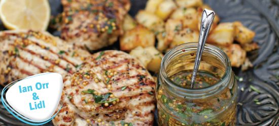 Turkey Breast Steaks Marinated in lemon and garlic with Italian-style potatoes with mustard and a parsley dressing