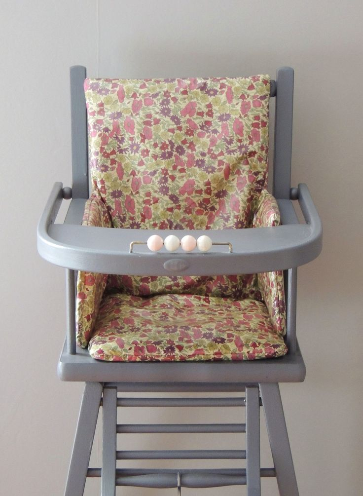 25 best ideas about vintage high chairs on pinterest wooden high chairs w - Table ancienne repeinte ...