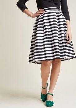 988d66add59 Dusk and Stunner Midi Skirt in Black