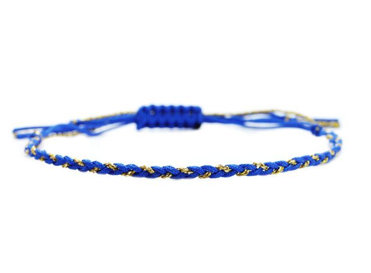 Handgeflochtenes Textilarmband, Blau-Gold #echterHingucker, #Design,#LOOK,perfekte #Begleiter,#Leichtigkeit,#Verspielt,#Gliederarmbänder,#freundschaftsarmband,#Accessoires,#Filigranes,#armband,#Traumhafter #Schmuck,#Lifestyle,#silberundblau,#textilarmbänder,#außergewöhnlicher #schmuck,#feine #Jewellery,#seidenArmband, #fashion,#925Silber,#kreis,#kreissymbol,#unendlichkeitssymbol,#ringsymbol,