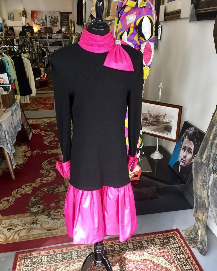 Made a quick run to Palm Springs this morning to pick up some pieces-this Raul Blanco 80s number being a personal favorite! Available in the shop or at link in bio.  #dtla #downtownlosangeles #losangeles #la #guidoinla  #fashion  #vintage  #vintageshop #vintagestyle #stylist #stylists #model #dresses #dress #couture #80sfashion #80s #raulblanco #pinkandblack