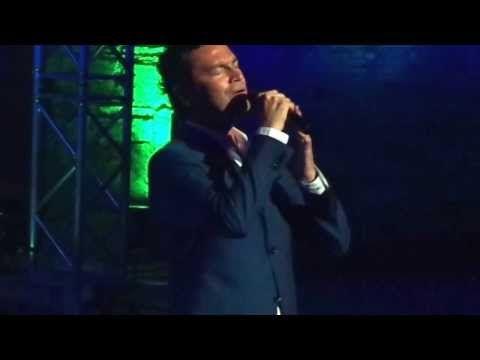 Mario Frangoulis - Omorfi Kai Paraxeni Patrida (@ Roman Odeon of Patras) - YouTube