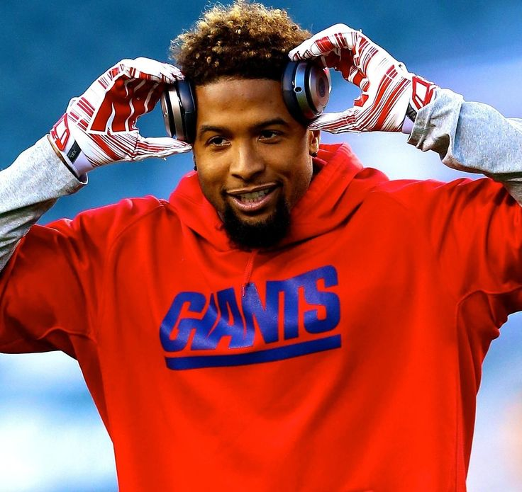 New York Giants  wide receiver  Odell Beckham Jr.  is one of the  NFL 's hottest stars, and his popularity caused a scary scene at training camp Friday.    According to ESPN...