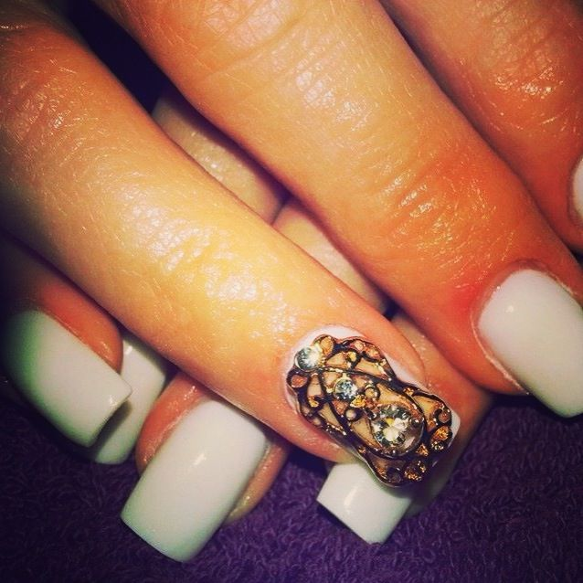 Gold nail veil from www.nailcandi.co.za - The first re-usable nail art! Simply glue onto nailbed or embed in product (gel, gelpolish, acrylic or glaze.)  Order online
