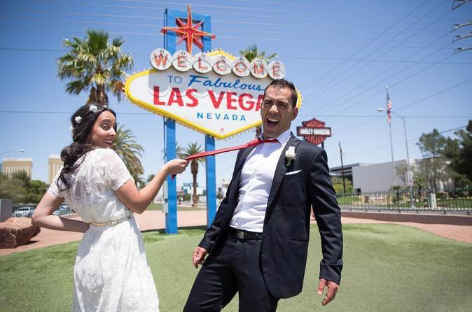 tour privado sobre las capillas de bodas http://lasvegasnespanol.com/listing-category/bodas-y-lunas-de-miel/
