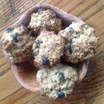 Healthy and Simple Oatmeal Raisin Cookies