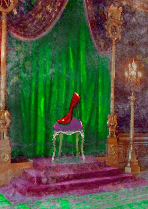 Sie schlich sich zum Ball ins Schloss, floh um Mitternacht, verlor ihren Schuh - der verliebte Prinz suchte sie und fand sie schließlich, weil nur ihr allein der Schuh passte. Wie wichtig gut sitzendes Schuhwerk ist, weiß Prinzessin Aschenputtel seitdem und bringt deshalb jetzt ihre erste Schuhkollektion auf den Markt - aber nicht irgendeine!  DAS GRÖSSENWAHN MÄRCHENBUCH - ISBN 978-3-942223-30-0