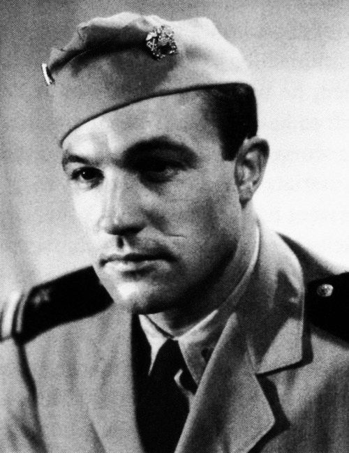 Gene Kelly - Served in the U.S. Naval Air Service during WWII, commissioned as  lieutenant junior grade.  He was stationed in D.C. at the U.S. Naval Photographic Center where he served from 1944-1947.