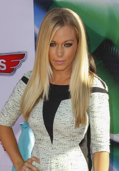 Kendra Wilkinson- I don't care what haters say...I love her!!!