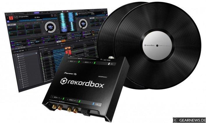 Das Warten hat ein Ende: Pioneer bringt sein eigenes rekordbox dvs Audiointerface namens INTERFACE 2 auf den Markt. Der Kampf der DJ-Softwares geht in die nächste Runde.