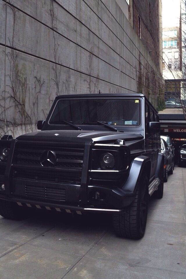 Black on black g wagon the high life pinterest sexy for Mercedes benz g wagon black matte