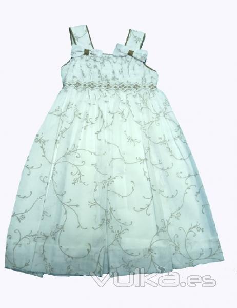 Foto: Colección Fiesta vestido para niña. Vestido bordado para ceremonia.