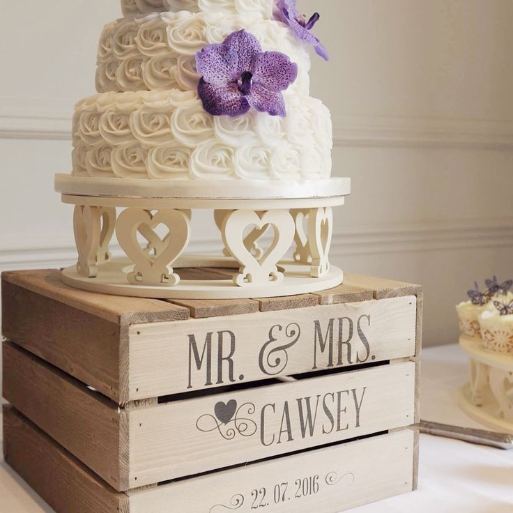 rustic wedding cake stands uk 31 best what a crate wedding images on 19570