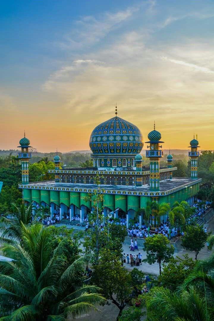 Masjid PP Sunan Drajat Lamongan.