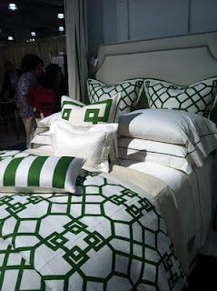 Best 25 Kelly Green Bedrooms Ideas On Pinterest Bedroom