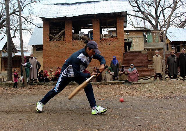 Rubiya Syed: First Women Cricketer from Kashmir   Newagekashmir   Latest News From Kashmir