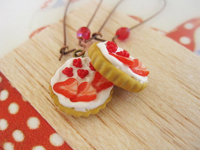 Red Fruit Tart Drop Earrings _ Miniature Food _ Polymer clay _ Foodie Gift _ Tart Collection by MarisAlley on Etsy